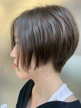 ヘアーズ アトリエ ユキ(hair's atelier YUKI)ふんわりショートボブ