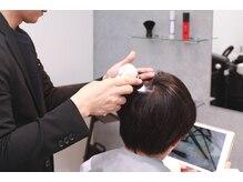 3.一人一人の髪質や頭皮の状態をマイクロスコープ診断