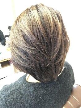 ワープ ディーバ(warp DiVA)の写真/イタリアオーガニック認証カラーヴィラロドラを使用。匂いもダメージも少ないので白髪染めしたい方に◎