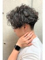 ツイストスパイラルパーマ/センターパート/かき上げヘア