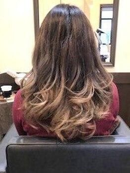 ヘアーメイク クェーサー(Hair make Quasar)の写真/パーマは傷むから..と諦めていた方も素敵に変身!!当店オススメ【エアウェーブ】は髪に優しくダメージレス☆