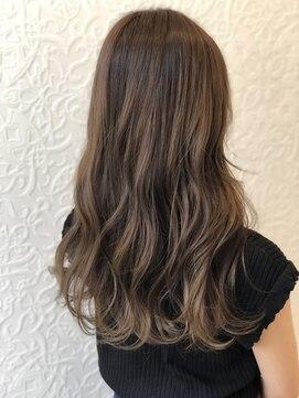 ヘアーシー(HAIR C,)☆前髪のバランスで横顔美人 おくれ毛×ヌードグレージュヘア