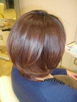 美容室 ローテローゼの写真/『毎日扱いやすいヘアスタイルに…♪』大人女性のリクエスト・悩みに応え、しっかりと対応してくれる☆