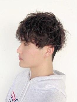 マイン(MINe)の写真/カジュアルでもスーツでも!!メンズカラー&パーマ。ON/OFFどちらもキマるヘアスタイルはお任せ。