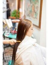 【マイナスイオン炭酸シャワー・マイクロバブル】でうるうるツヤツヤの理想の美髪♪お水にもこだわります☆