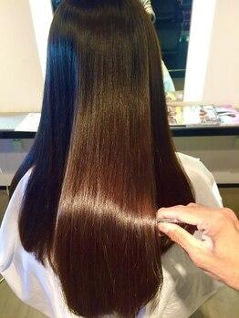 ブレス ヘアデザイン(BLESS hair design)の写真/あなただけの極上ケアで理想の美髪へと導く【Aujua】ダメージレスにこだわるサロンだからこそ出来る提案☆