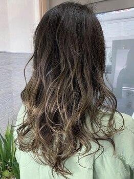 アトリエ リアン(atelier Lian)の写真/【吉川美南駅徒歩3分】一人ひとりに合わせた色味をご提案☆自然な色で気になる白髪をカバー◎