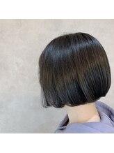 ストーリーヘアアンドケア (Story hair&care)ミニボブ×モノトーングレージュ