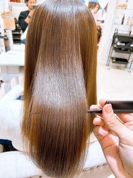 アルブル エト シミー(Arbre et chimie)の写真/年齢を重ねても、ずっと美しい髪であるために―。年齢と共に変わる様々な髪のお悩みに一緒に向き合ます。