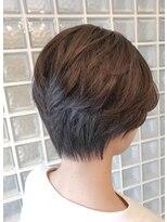 リックヘアー(Ric Hair)巻かずふんわり。カットで決まるラフな毛ながれ