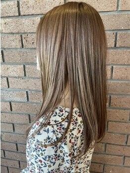 りんごの木セントラル(Central)の写真/髪の芯から色づき美しさが続く最新カラー《ULTIST(アルティスト)》で貴方に一番似合う理想の髪色を実現☆