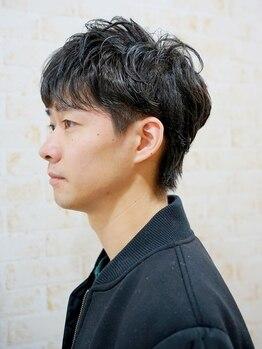 コントロールヤクモ(QONtROL YAKUMO)の写真/骨格に合わせたカットで、朝のスタイリングがキマる◎少人数サロンで男性客も多く、通いやすい!