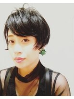 ロベック(Lobec SAKAE)黒髪ショート