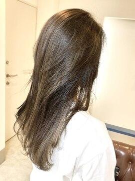 ヘアアンドメイクフリッシュ(HAIR&MAKE FRISCH)ロンググレージュ