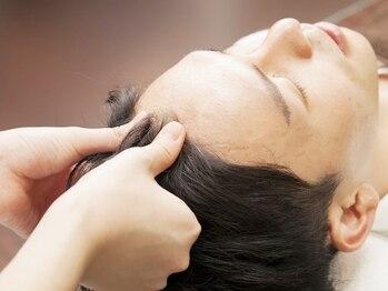 ヒロギンザ 恵比寿店(HIRO GINZA)の写真/【最終受付21時】自粛でお疲れの方に!個室でのヘッドスパはとろける心地よさで極上リラックスを…[理容室]