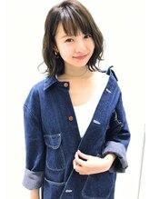 ハチミツ(Hatimitu by hair garden Milk tea)透明感たっぷり愛されミディ♪