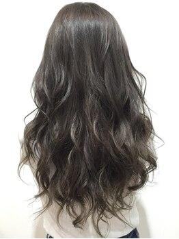 イン東京 青森浜田店の写真/《アディクシーカラー¥4950~》青山/銀座/表参道…都心でも大人気!ダメージレスで今一番トレンドの髪色に♪