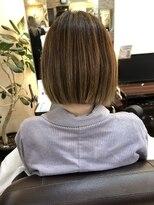 キャラ 池袋本店(CHARA)ブリーチ毛に縮毛矯正切りっぱなしボブ【ブリーチ矯正】