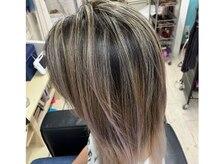マーメイドヘアー(mermaid hair)の雰囲気(ハイライトやグラデーションで外国人風カラーに!)