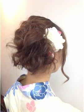 浴衣髪型ミディアム 裏編みこみMIX.。o ○