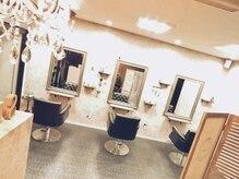 スパークジョイ(Hair Resort Spark Joy)の雰囲気(アンティーク調の店内で安らぎを♪)