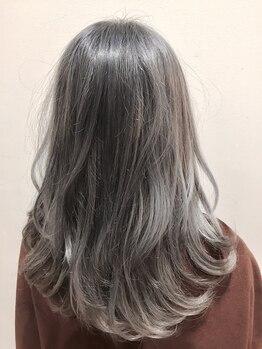 ヘアーサロンデフォーエバー(hairsalon de Forever)の写真/ツヤ感と手触りの良さを実感出来るダメージレスカラー♪