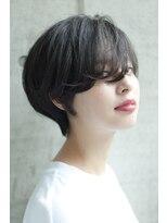 黒髪フリンジバングのタンバルモリショートボブ