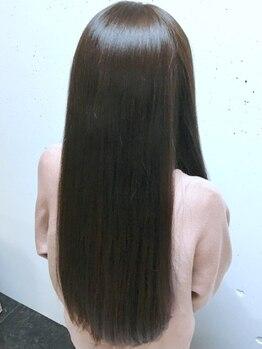 ヘアーサロンエルフォルグ(Hair Salon Erfolg)の写真/トリートメントせずにダメージケア!髪の状態を見極めての丁寧な施術で、美髪へと導きます。