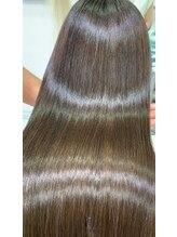 【話題沸騰!】メディアでも取り上げられた髪質改善〈酸熱トリートメント〉初導入☆感動の美髪体験☆