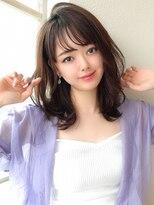 シェルハ(XELHA)アフロート斎藤 ひし形セミディ 流し前髪 小顔似合わせカット