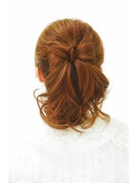 ポニーテールリボンヘアアレンジ(結婚式の髪型) ゲッカビジン ヘアセット