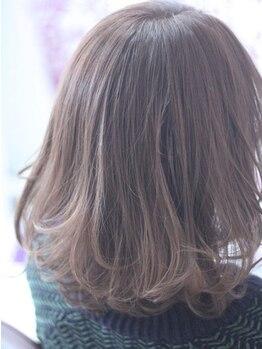 ソウ ヘアドレッシング(SOU Hair Dressing)の写真/落ち着いた少人数のサロン♪ゆったりリラックスしたい大人女性の方にもおすすめ☆駅前は学生だけじゃない!