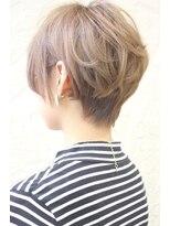 [Lita] ☆後頭部キレイ☆エアリーショート☆グレージュカラー