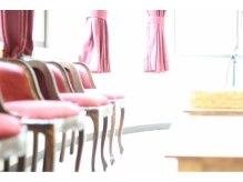 アンフィ ヘアー(Amphi hair)の雰囲気(隠れ家的サロン☆店内はゆとりある空間になっております。)