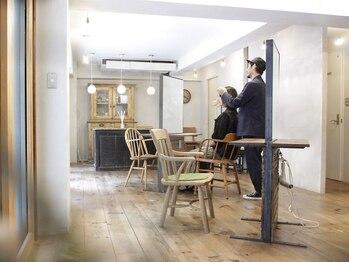 """ポコリ(pocori)の写真/一人のお客様に一人のスタイリスト。ほっこりできる空間で、お客様の生活に寄り添う""""シンプルなヘア""""に…。"""