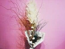 アンフルマチ(Ann furumachi)の雰囲気(ピンクの壁で明るい店内♪)