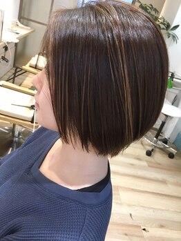 ジェイエム ヘッド(J.M HEAD)の写真/おしゃれ大好きな方へ「Rカラー」「イルミナ」「アプリエ」「ピカラ」で髪色もあなた色にコーディネート☆