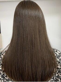 リア シェリム(Ria cherim)の写真/【髪質改善ストレート★】柔らかく自然なストレートで髪質から美人へ―。芯から輝く健康的な艶髪を叶えて*