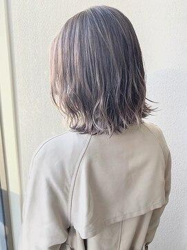 エレン バイ アルティナ(Ellen by artina)外ハネシルバーボブ【Ellen新宿】