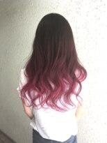 夏は原色カラー!ピンクのグラデーション