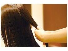 ハイダメージによる枝毛、切れ毛の接着効果 [熊本/中央区/上通り/並木坂/髪質改善]