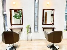ヘアールームフリー(hair room Free)の雰囲気(2席のみのくつろぎ空間で、ゆったりとしたひとときを―)
