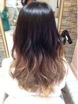 黒髪のグラデーションカラーのカラーチェンジ\(^o^)/画像