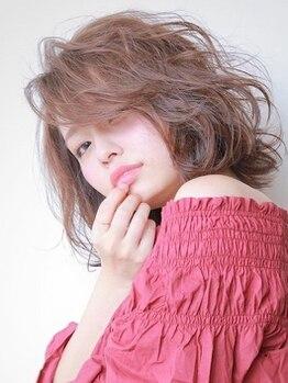 リシェ(reche)の写真/トレンドカラーや透明感カラー、大人女子が好む上品なカラーまでお手のもの☆ダメージレスなのも嬉しい♪