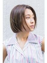 切りっぱなし前髪センターパートボブ/ニュアンスカラー