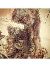 ボタンヘアークリエイション(botan -hair creation-)編みこみハーフアップ
