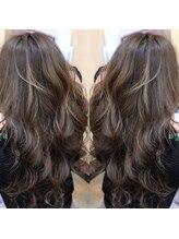 ヘアーズ フェミニン 中山店(Hair's Feminine)ナチュラルグレージュ