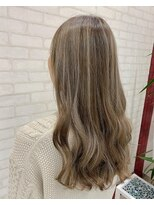 ビス ヘア アンド ビューティー 西新井店(Vis Hair&Beauty)ナチュラル/アッシュベージュ/バレイヤージュ/大人かわいい/小顔