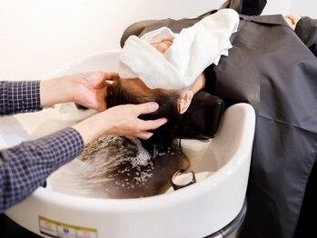 ビューティーサロン フック 嵯峨ノ店(HooK)の写真/【オールフラットのYUMEシャンプーあり】極上の癒し&頭皮ケアが叶う!いつものメニュー+ちょこっと贅沢◎