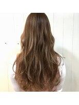 【hair brace】ヌーディーベージュ×ハイライトカラー☆